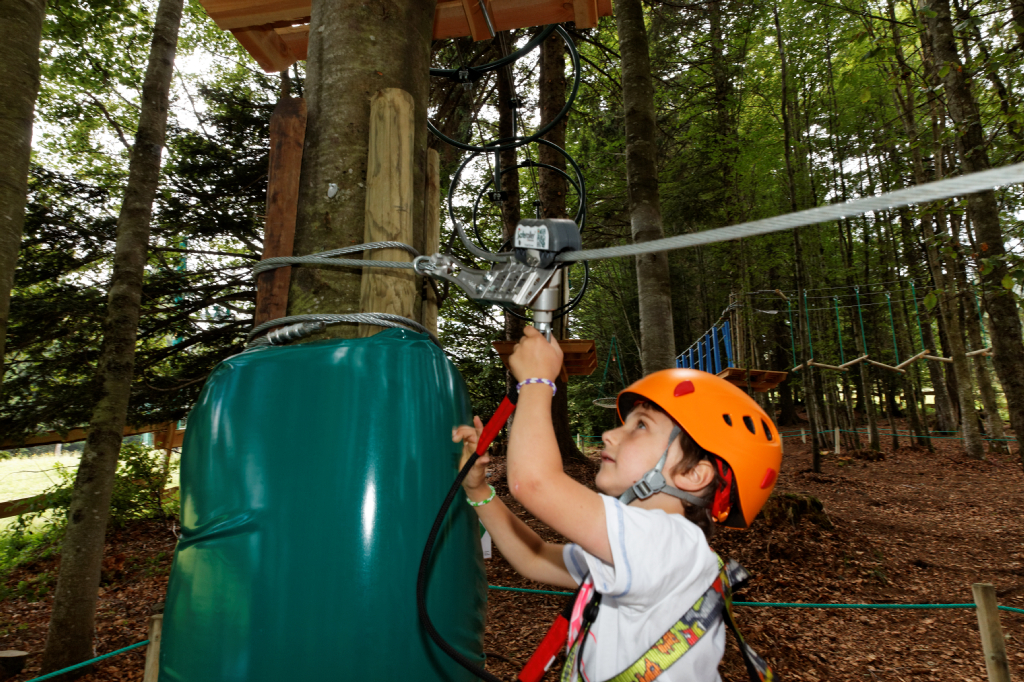 Continuous Belay System Saferoller For Ropes Course